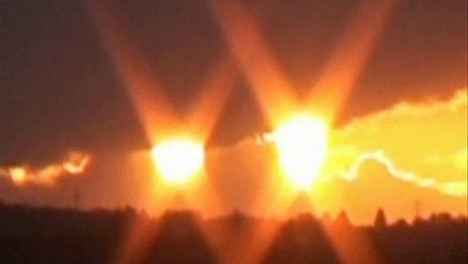2 SOLEILS en Russie, Asie, Pérou, Angleterre, Italie... - Vidéo dailymotion
